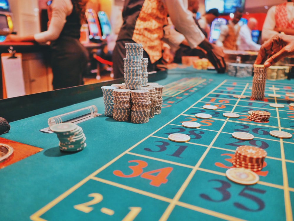 What is Live Online Casino Game and how it is huge?